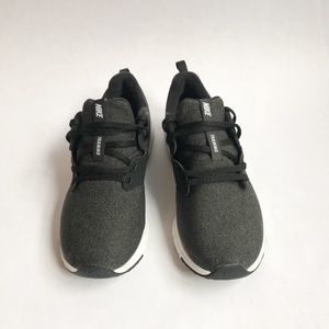 Nike Air Bella Black & Grey TR Training Shoes